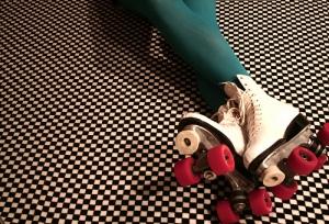 corse-rollerskates3